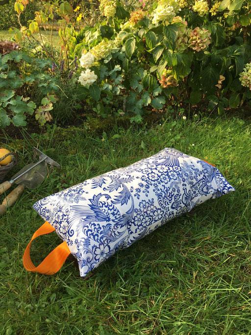 Garten-Kniekissen aus Wachtuch