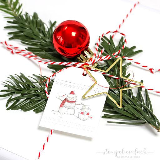 Weihnachtsgeschenke dekorieren