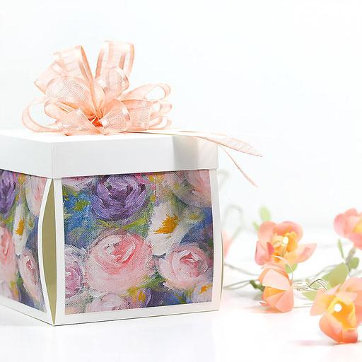 Florale Geschenkbox