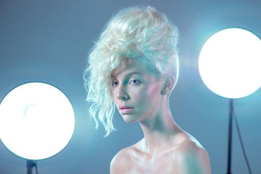 Photographer: Timo Frank   Model: Giulia Ricci   Hair: Hans Henrick (Wo du willst)