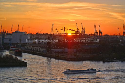 Hamburger Hafen - 108
