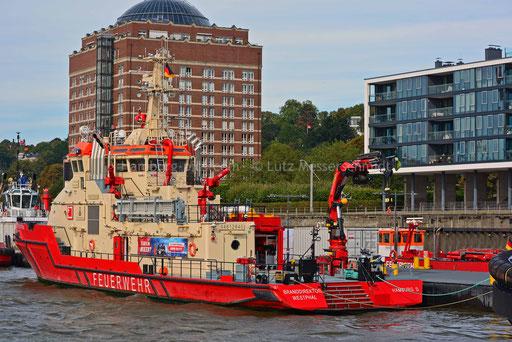 Hamburger Hafen - 222 (Feuerlöschboot BRANDDIREKTOR WESTPHAL)