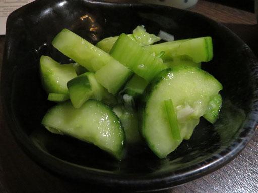 Gurkensalat (mit Koriander)