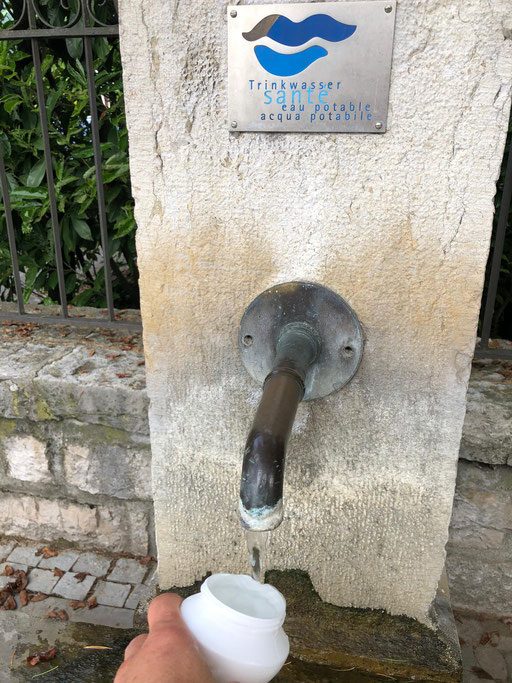 Frisches Trinkwasser am Bielersee | (c) Joris Ryf