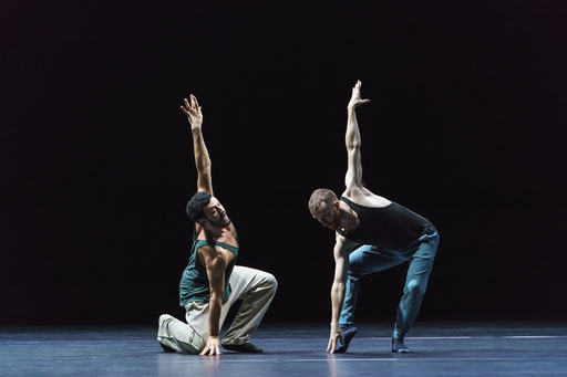 A Quiet Evening of Dance - by William Forsythe, Sadler's Wells Theatre, London, dancers: Brigel Gjoka, Riley Watts (Duo/Dialogue); photo: Bill Cooper