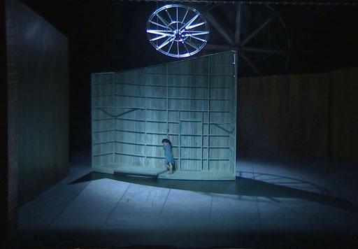 Liliom - by Tim Plegge, Hessisches Staatsballett, Staatstheater Darmstadt; dancer: Sayaka Kado; photo: Maren Junker