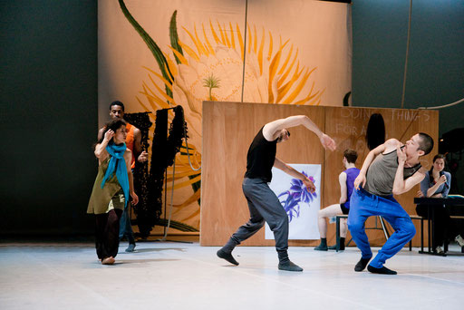 Theatrical Arsenal 2 - by William Forsythe; dancers: Josh Johnson, Yoko Ando, Brigel Gjoka, Riley Watts, Yasutake Shimaji, Elizabeth Waterhouse; photo: Sylvio Dittrich