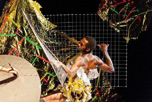 (theLID - by Ayman Harper; dancer: Jermaine Spivey; photo: Tomi Paasonen