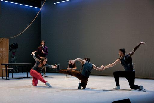 Theatrical Arsenal 2 - by William Forsythe; dancers: David Kern, Roberta Mosca, Ander Zabala, Cyril Baldy; photo: Sylvio Dittrich