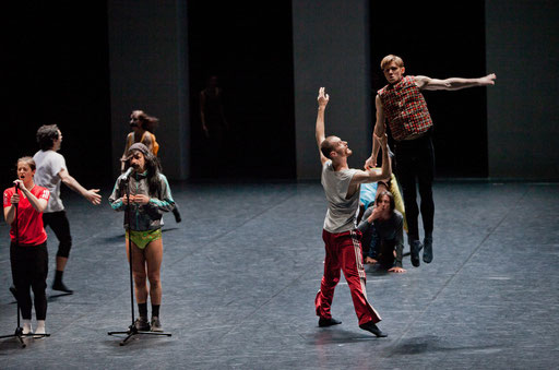 Yes we can't - by William Forsythe; Barcelona Version; photo: Dominik Mentzos