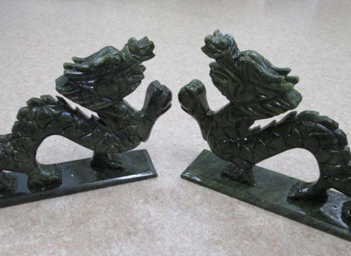 ☆サーペンティン(蛇紋石)龍彫刻 ¥5,200