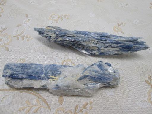 ☆カイヤナイト原石