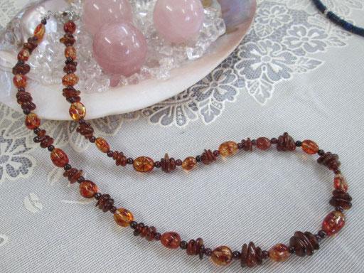 ★ガーネット&オレンジカラークラック水晶ネックレス