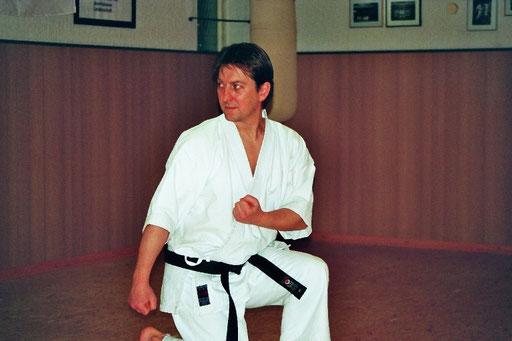 Rudolph, Ralph | Karatetraining seit 1980 | 1.Dan 2003 bei Ochi Sensei | 2.Dan 2009 bei Ochi Sensei