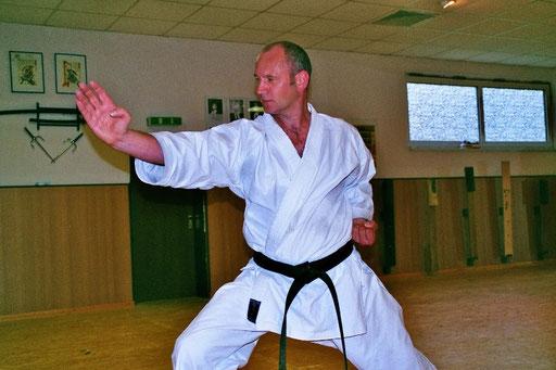 Albers, Siegfried | Karatetraining seit 1997 | 1.Dan 2002 bei Ochi Sensei | 2.Dan 2012 bei Ochi Sensei