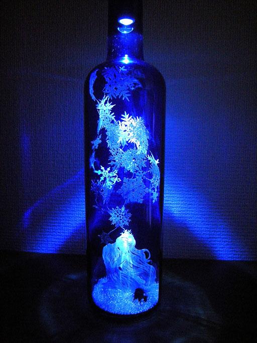 立体切り絵・雪の結晶