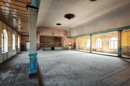 aufgegebener Ballsaal