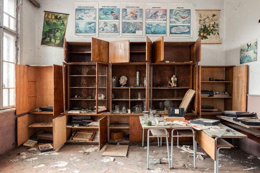 Biologiezimmer in einer verlassenen Schule (Bulgarien)