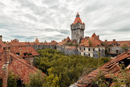 verlassene Kaserne (Ungarn)
