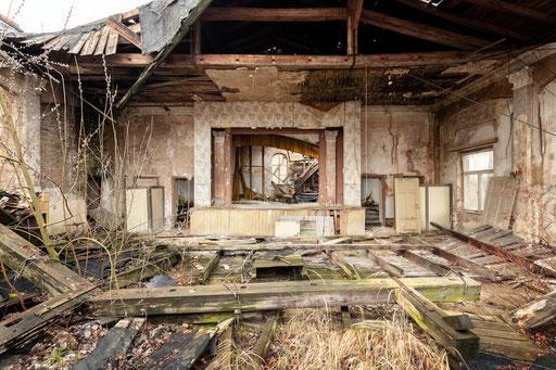 eingestürzter Tanzsaal