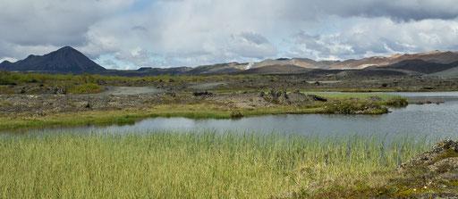 Aux pieds du cratère Hverfjall