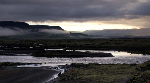 La nuit islandaise en été : il est 04h30
