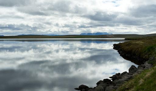 Lac Masvatn, entre Laugar et le lac Myvatn