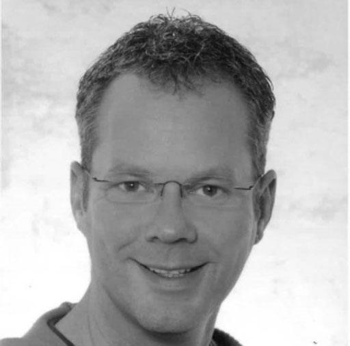 Winfried Heß (2. Vorsitzender, Bühnenbild & Bühnenbau)