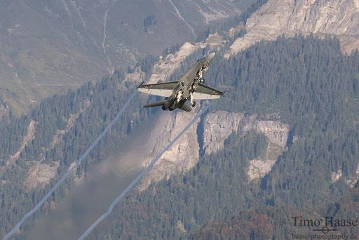 F/A-18 J-5012 takeoff rwy 10