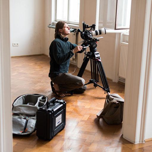 Mario Kreuzer bei Dreharbeiten in Wien