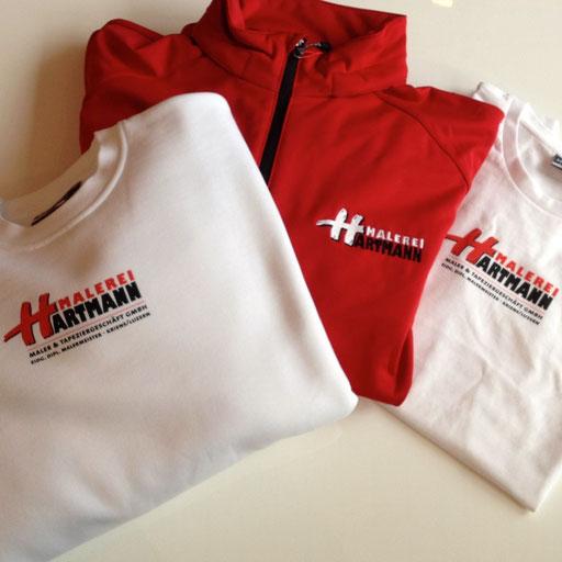 Arbeitsbekleidung - T-Shirt, Pullover, Softshelljacke bedruckt und bestickt