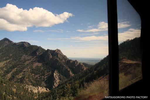 アムトラック車内より ロッキー山脈越え Amtrak running over Rocky mountains