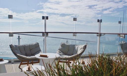 Außenterrasse auf TUI Cruises MeinSchiff