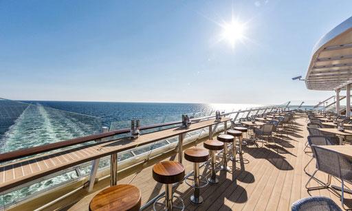Bar & Restaurant auf TUI Cruises MeinSchiff