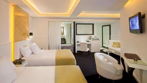Decoración habitación Hotel Melia