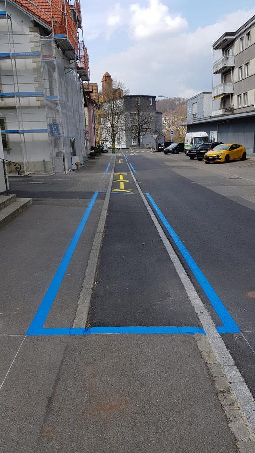 Parkplatzmarkierung Blauezone