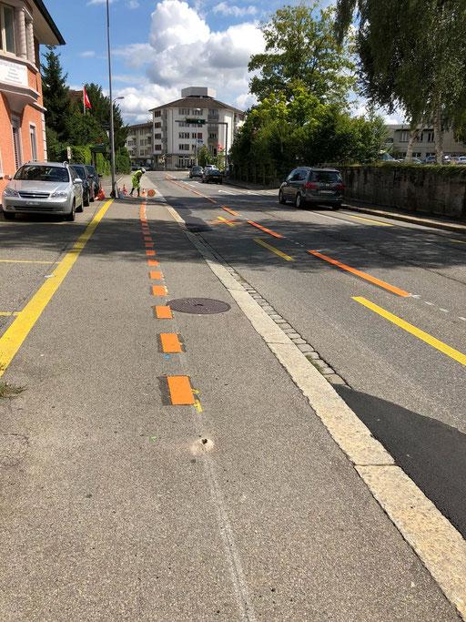 Temporäre Strassenmarkierung