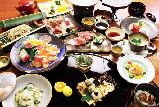 日本旅館の会席料理