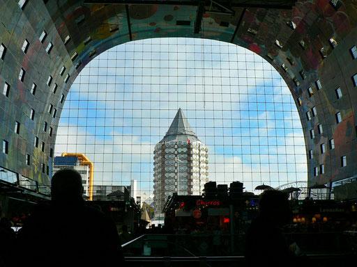 Blick aus der Markthalle