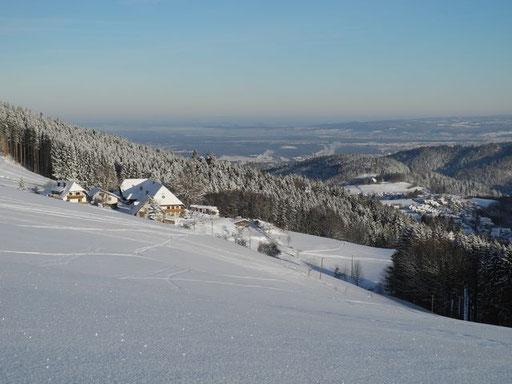 Eckhof in traumhafter Winterlandschaft