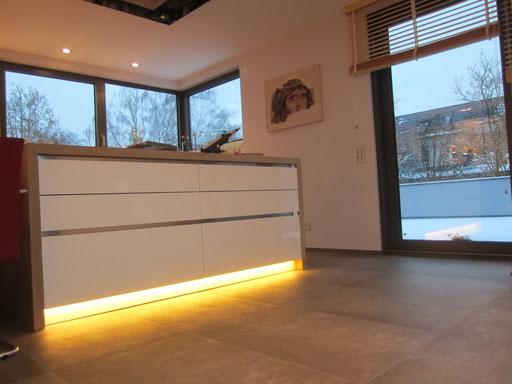 LED Lichtkontur Küche