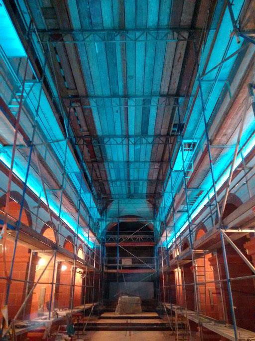 RGBW Lichtkontur Basilika