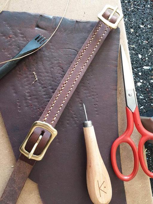 Lederkurs Backenstück mit Werkzeug / Schwertahle
