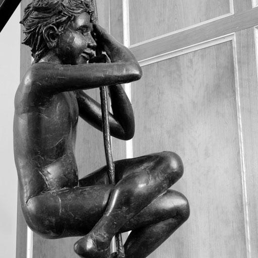 Corde raide, bronze, grandeur nature, 90 cm, Québec
