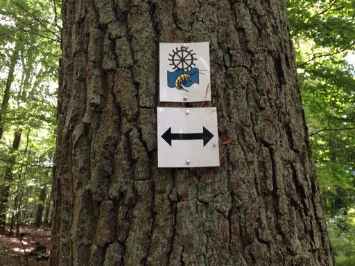Der Mühlenwanderweg ist mit diesem Zeichen gekennzeichnet