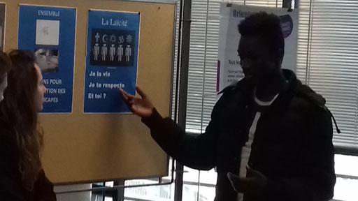 Abdoulaye interroge sur le respect des croyances au lycée