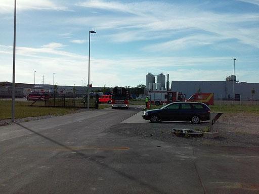 Die Fahrzeuge bei der Anfahrt
