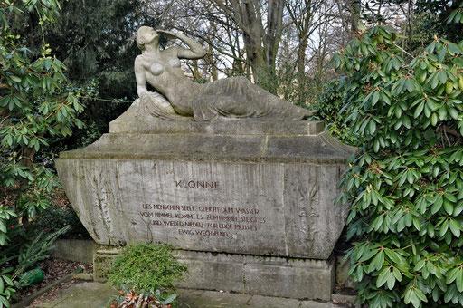Ostfriedhof Dortmund, Grabmal August Klönne (1849-1908), Gründer des gleichnamigen Brückenbauunternehmens