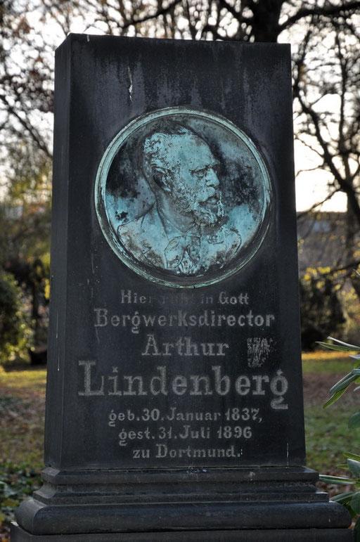 Ostfriedhof Dortmund, Grabmal Lindenberg