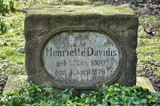 Ostfriedhof Dortmund, Grabmal Davidis, berühmte Dortmunder Kochbuchautorin, älteste noch erhaltene Grabstätte auf dem Ostenfriedhof